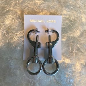 Michael Kors Runway Earrings MKJ6868040
